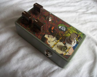 The Champ - Fuzz - Guitar Effect Pedal - HandMade - Big Muff Green Russian
