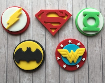 10 Edible Handmade Justice League Superhero Style  Disc Cupcake Toppers Decorations