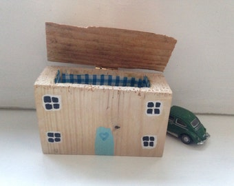 Driftwood cottage house moneybox jewellerybox sculpture