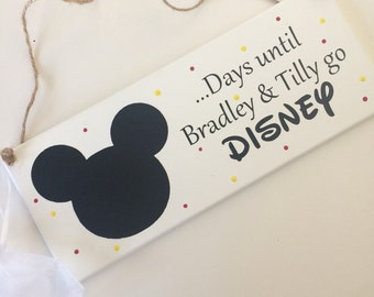 Personalised Days until Disney countdown keepsake plaque with Mickey or Minnie Mouse