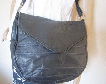 Vintage 80s slouch bag shoulder bag bag leather star international