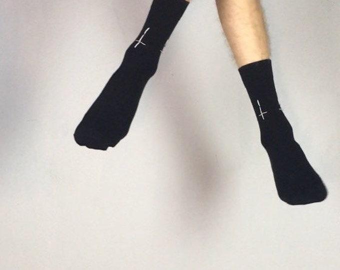 Antichrist (Socken bestickt)