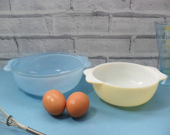 Jaj Pyrex Sprayware Pastel Mixing Bowls x 2 Lemon Yellow & Light Blue 1960s Casserole Dish Vintage Cookware Retro Baking Bright Kitchenalia