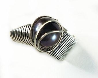 Silver ring. Ring Pearl. Ring original. Eye-catching ring. Silver ring. Original ring. Pearl ring