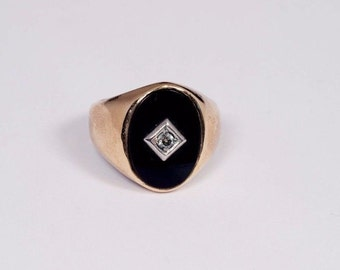 10K Yellow Gold Mens Black Onyx and Diamond Chip Ring, Size 9.75