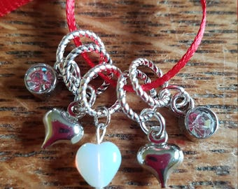 5 Tiny Knitting stitch markers. Super minis