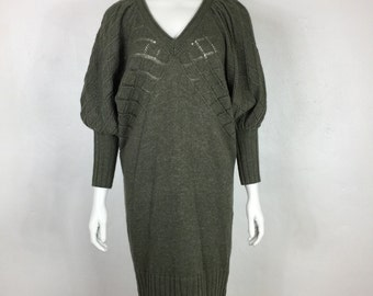 Vtg 70s 80s avant garde puff sleeve batwing olive knit sweater dress