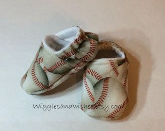 YANKEES and SOCCER SHOES private listing