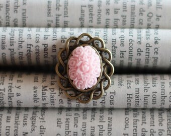 CLEARANCE ring bronze cabochon Roses