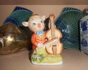 PIG AND CELLO Figurine