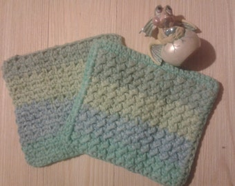 Crochet washcloth set of 2