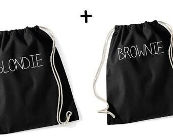 Blondie & Brownie couple Gymbags - Gymsac Gymsack, Turnbeuel, Blondie, brownie, blonde, brunette, best friends, friends, sisters, sweater, bag, print