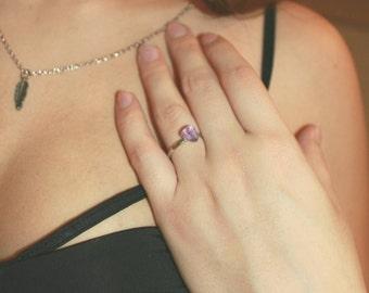 Amethyst stone ring -purple crystal