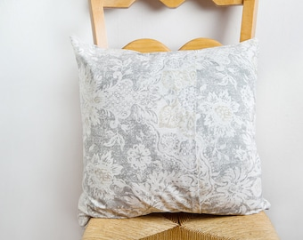 Soft Grey Pillow Cover, Gray, Pillow Cover, Neutral Home Decor, Neutral Pillow Cover, Smokey, Pale Gray, Gray Pillow, Gray Floral, Vintage