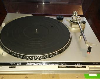 Vintage TECHNICS SL-B30 Fully Automatic Turntable System Record Player 33/45 rpm