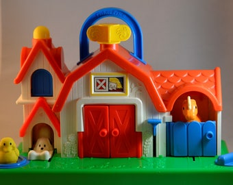Fisher Price Animal Sounds Barn Activity Center Pop Up Baby Toy Fisher Price Farm, Fisher Price, Fisher Price Animal, Fisher Price Vintage