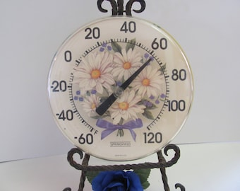RETRO OUTDOOR THERMOMETER, Vintage Round Thermometer, White and Yellow Daises with Tiny  Lavender  Flower and Bow, Vintage Patio Decoration
