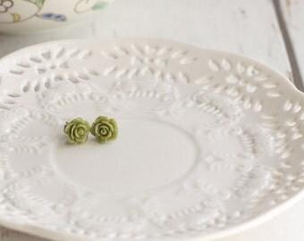 green rose stud earring