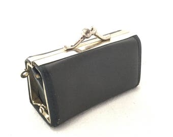 Small wallet retro metal clasp