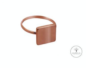 "Rosé gold ring ""Cube"""