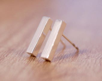 "Silver plated ear studs ""bar"""