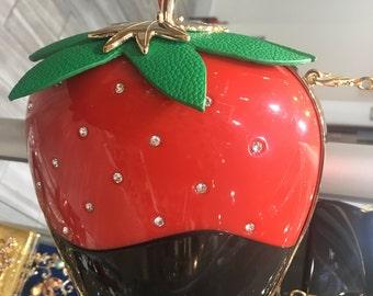 Berry clutch