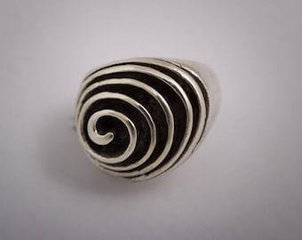 Spiral 925 Silver ring.