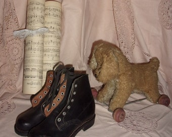 A pair of old shoes for children, deco, collection,