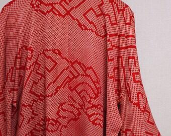 second hand juban, garment worn under kimono, Japanese vintage juban for women, silk, red
