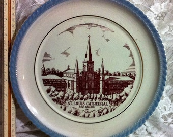 """St. Louis Cathedral New Orleans 10 1/2"""" Decorative Plate"""