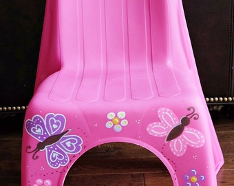 Personalized Kid's Plastic Chair, Heavy Duty - BUTTERFLIES Theme for Girls - Pick Your Color