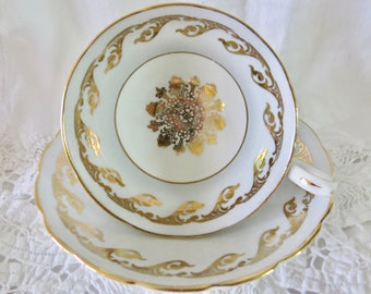 Westbrook Bone China Teacup and Saucer Ice Blue Garland Necklace Pattern B264