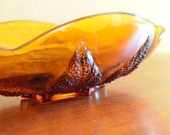 Vintage Candy Dish//Amber Glass//Embossed Leaf Design//Scollop Edge
