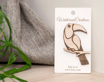 Wooden toucan brooch, lasercut plywood. Gift, accessories, eco