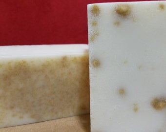 Goats Milk & Oats Soap
