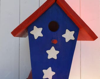 Patriotic Bird House, Cedar Patriotic Bird House. Decorative Patriotic Bird House. Blue and White Bird House. Wren patriotic birdhouse.