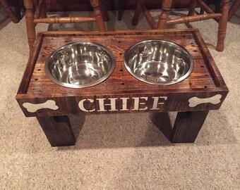 Doggie Diner - Raised Dog Bowl Holder/Feeder