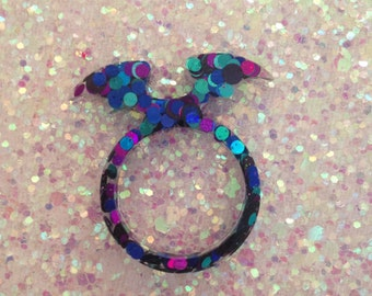 19mm circle glitter bat wing ring