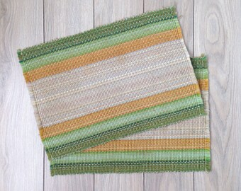Vintage woven placemats, set of 2