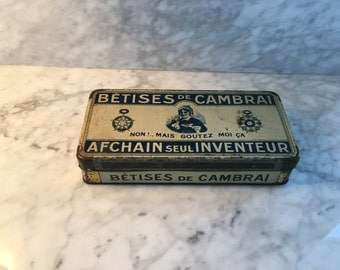Completely Original vintage metal French box