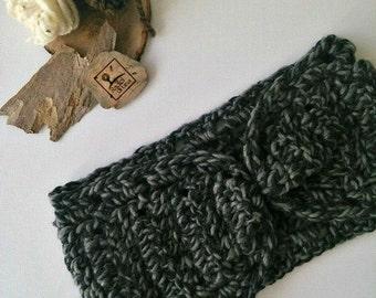 Enveloping headband large ear flaps headband cozy winter wool yarn color grey and black
