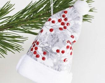 Felt Christmas Ornaments, White Felt Decorations, White Christmas Hat Ornament, White Christmas Tree Decorations Red Berries Christmas Decor