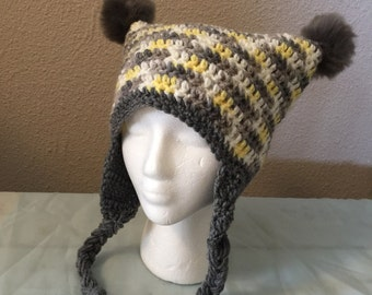 Crochet swuare hat; pom pom party hat; hat with ear flaps