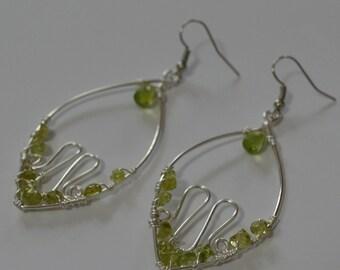 PERIDOTE leaf fresh green  Earrings, Dangle Earrings, Wire Wrapped Gift