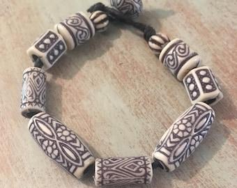 White wood bead bracelet