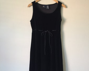 Vintage Black Velvet Dress Size Small
