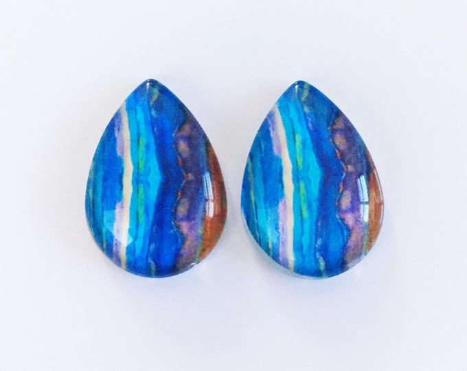 The 'Adrienne' Glass Statement Earring Studs