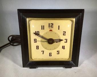 "Telechron ""Conductor"" Model 7H103 Alarm Clock"