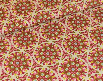 Cotton Salzburg flowers cream olive (11,50 EUR / meter)