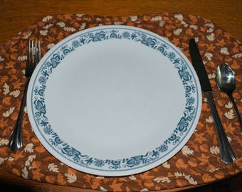 Round Table Placemats - Leaves and Acorns